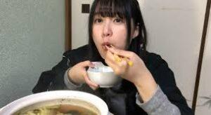 YouTuber岡奈なな子の写真