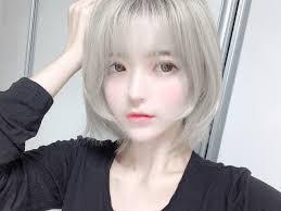 銀髪ショートのyurisaさんの写真